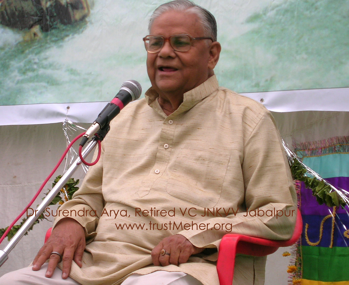 DR. S.V. ARYA Retired Vice Chancellor of JNKVV Jabalpur