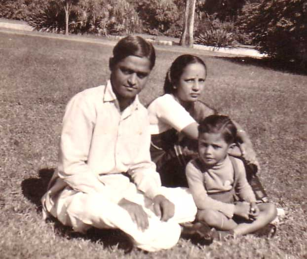 Pankhraj with wife and son Anand